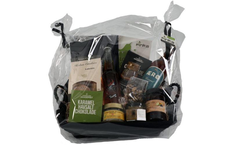 400kr produkter i sort fletbrødkurv indpakket i klar cellofan